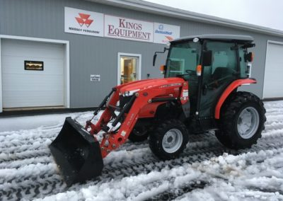 2015 Massey Ferguson 1742L Cab Tractor with Loader